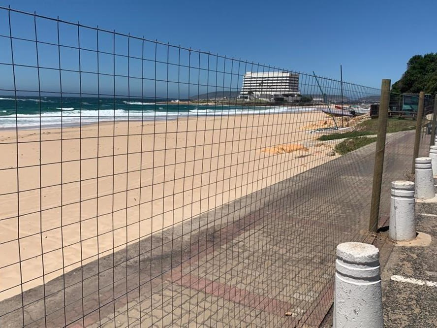 "Plett beach fencing to stay for ""undetermined period"""