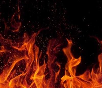 Opvolg: Vrou en kind brand dood