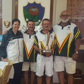 Oudtshoorn and Mossel Bay take championship titles
