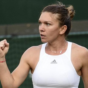 Halep closes on top spot with Cincinnati win