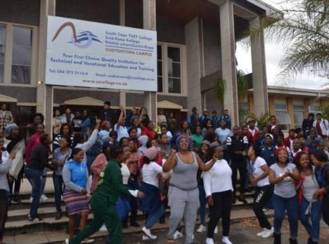 Vreedsame betoging by Suid-Kaap Kollege