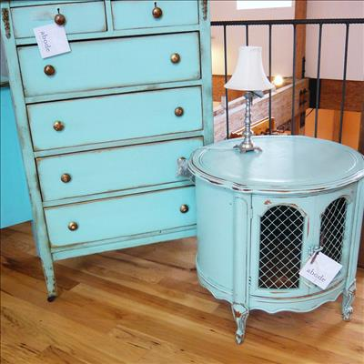 Genial Decorate Stylishly With Hand Me Down Furniture