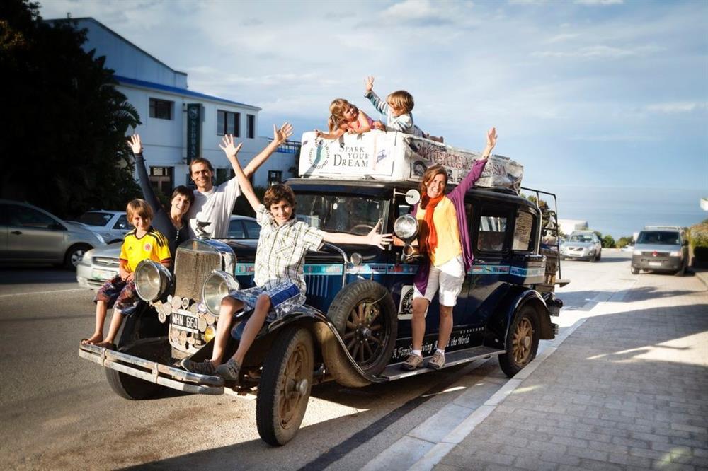 Traveling around the world | Knysna-Plett Herald