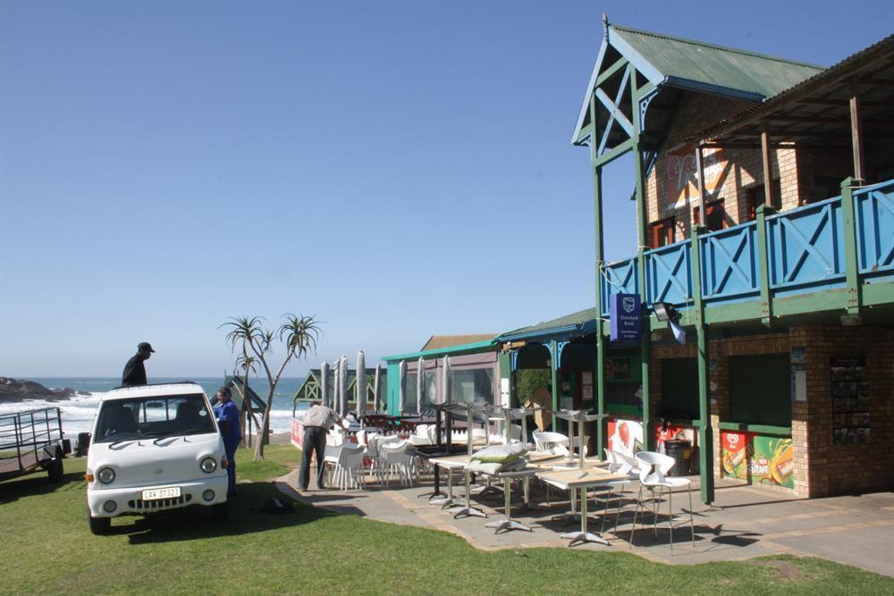 Update: Tenders for Victoria Bay kiosk | George Herald