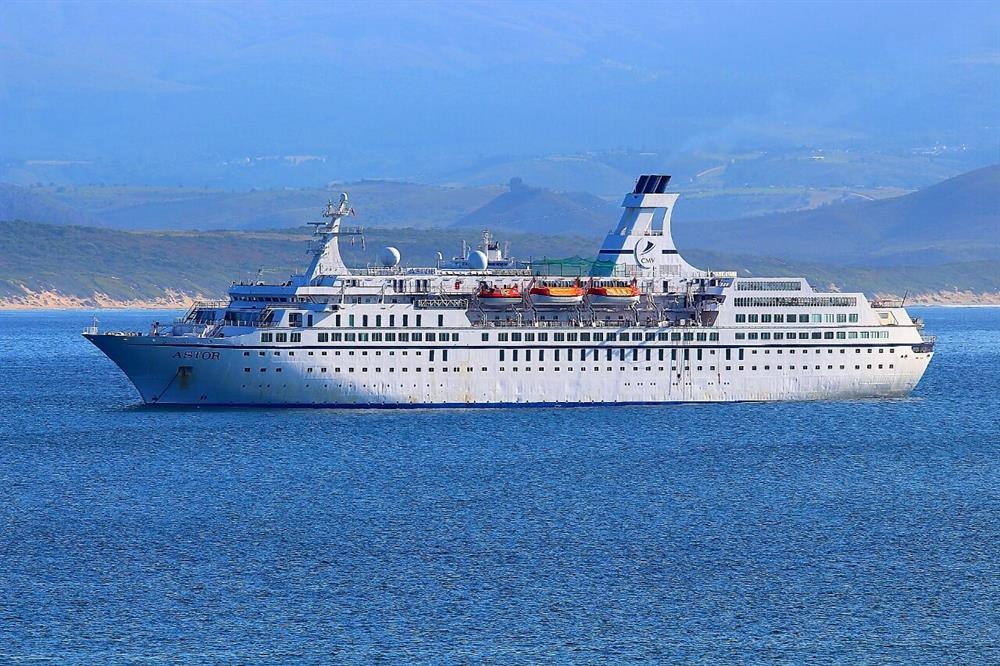 Special Cruise Ship In Mossel Bay Mossel Bay Advertiser - Cruise ship packages south africa