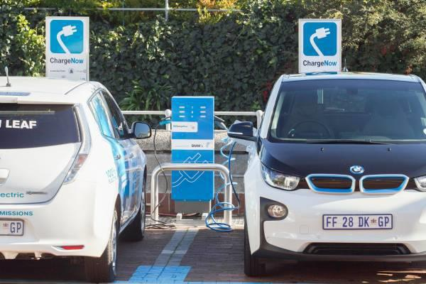 Nissan Bmw Reveal First Joint Ev Charging Stations In Cape Town