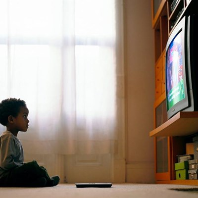 TV ads may spur snacking in kids as young as two | George Herald